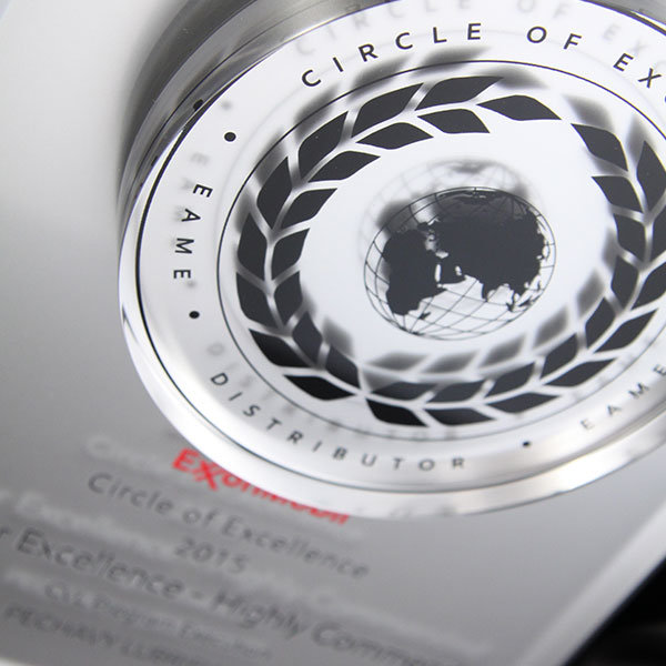 Circle Of Excellence Award Efx Bespoke Awards And Trophies
